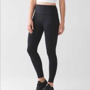 Lululemon HIGH RISE Like Nothing 7/8 Tight 25""
